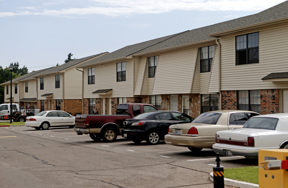 Photo - Willow Run Apartments, 1025 NW 86, sold earlier this year for $3.5 million. Photo by Bryan Terry, The Oklahoman  BRYAN TERRY