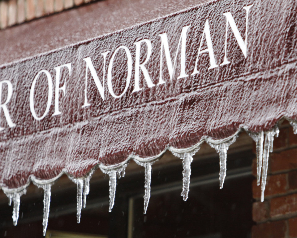 An awning on campus corner tells the story as a winter storm moves into the area on Thursday,  Jan. 28, 2010, in Norman, Okla.  Photo by Steve Sisney, The Oklahoman