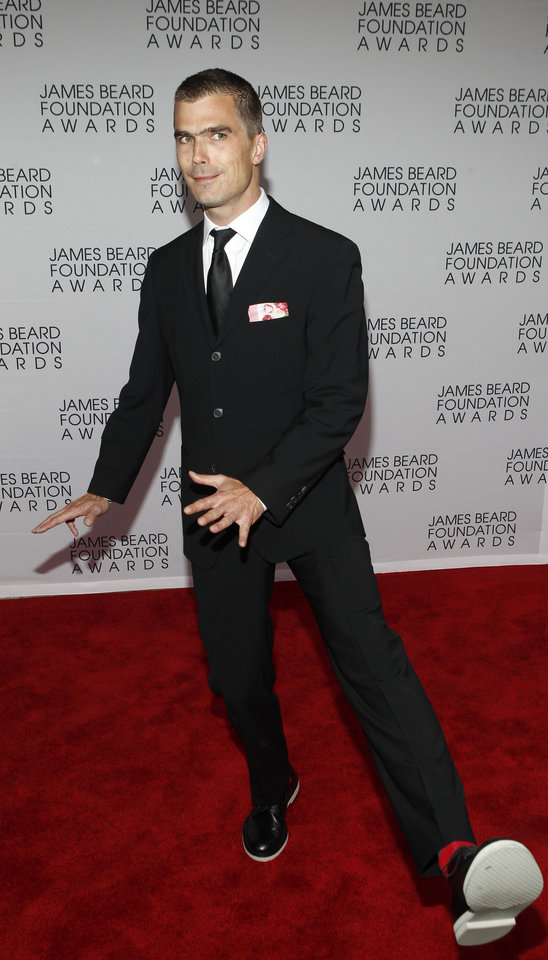 Photo -   Chef Hugh Acheson arrives for the James Beard Foundation Awards, Monday, May 7, 2012, in New York. (AP Photo/Jason DeCrow)