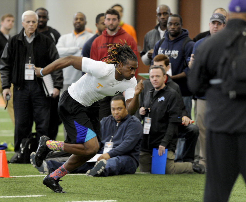 Photo - Wide receiver Cordarrelle Patterson works out for NFL scouts during pro day at tge University of Tennessee, Wednesday, March 20, 2013, in Knoxville, Tenn.  (AP Photo/The Knoxville News Sentinel, Michael Patrick)