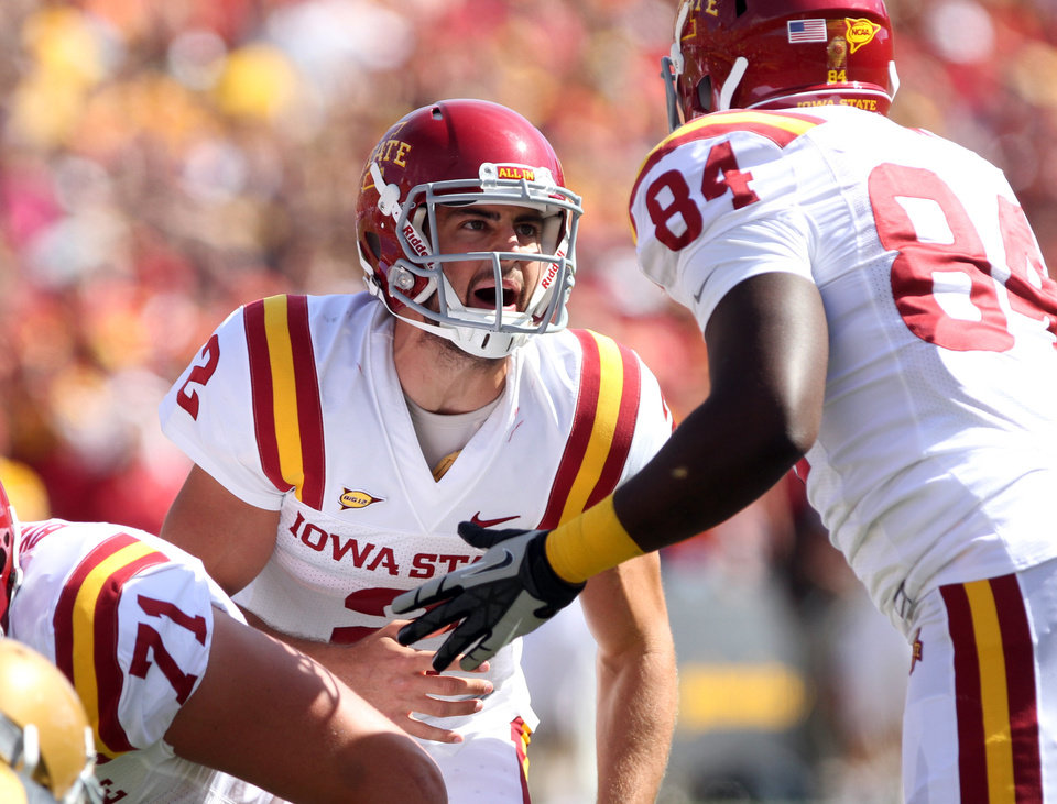 Photo -   Iowa State quarterback Steele Jantz yells out a play during the first half against Iowa State in an NCAA college football game Saturday, Sept. 8, 2012, in Iowa City, Iowa. (AP Photo/Conrad Schmidt)