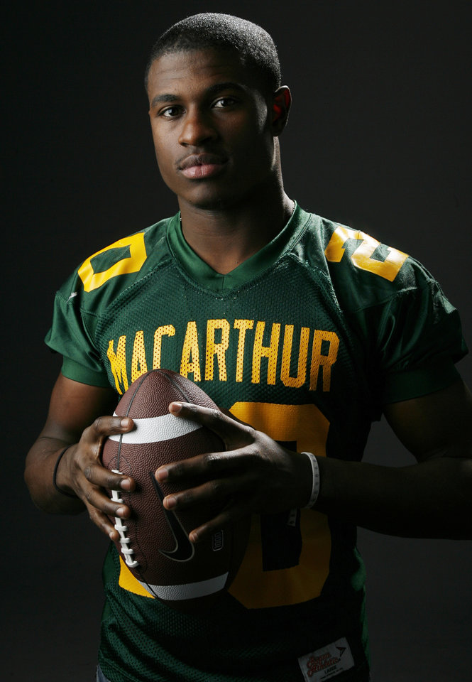 All State football player Javon Harris, Lawton MacArthur, in the OPUBCO studio, Wednesday, Dec. 17, 2008. BY NATE BILLINGS