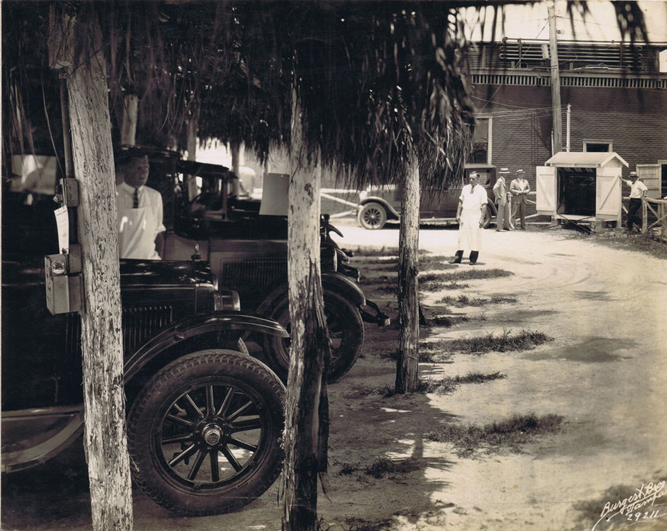 Photo -  Cars line up at the Goody Goody Drive-In in Tampa, Florida in the 1920s. [Photo courtesy Oklahoma History Center]