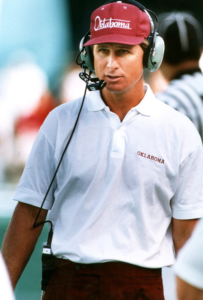 Photo - Former OU coach Gary Gibbs (Photo by Steve Sisney, The Oklahoman archive)