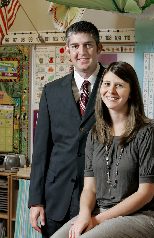 Photo - DISPLACED WORKER / LAURIE WAY: Michael Way with his wife Laurie, a kindergarten teacher at Washington Elementary School, in Norman Thurs. Sept. 17, 2009. Photo by Jaconna Aguirre, The Oklahoman. ORG XMIT: KOD