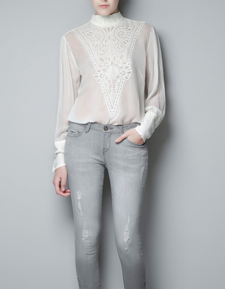 To get actress Keri Russell's look, try the embroidered blouse from Zara for $59.90. (Courtesy Zara.com via Los Angeles Times/MCT)