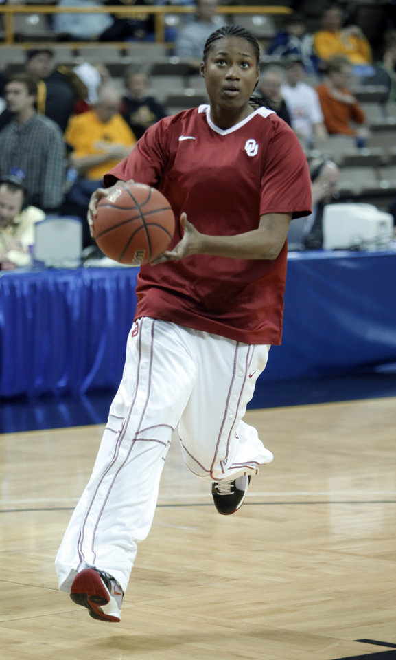 Photo - Amanda Thompson warms up before the University of Oklahoma (OU) plays Georgia Tech in round two of the 2009 NCAA Division I Women's Basketball Tournament at Carver-Hawkeye Arena at the University of Iowa in Iowa City, IA on Tuesday, March 24, 2009. 