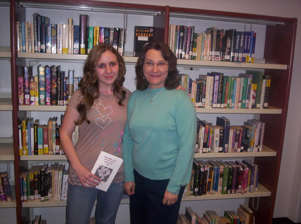 Pictured are poet, Kristen Oldham and her AP Engligh Teacher, Anita Cawlfield.<br/><b>Community Photo By:</b> Darrell Potter<br/><b>Submitted By:</b> Kim, Stroud