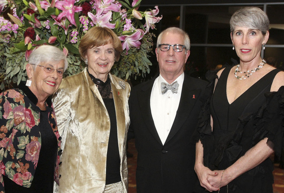 Photo - Pat Capra, Kay Goebel, Bill and Mary Ellen  Gumerson.