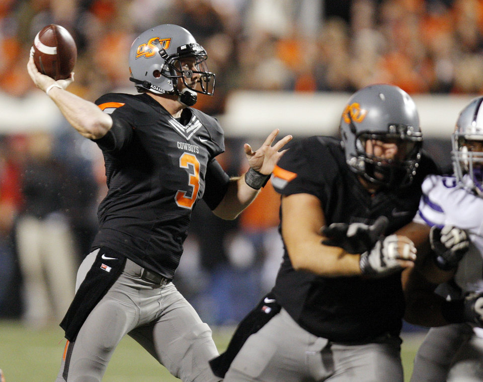 Oklahoma State's Brandon Weeden (3) passes the ball during a college football game between the Oklahoma State University Cowboys (OSU) and the Kansas State University Wildcats (KSU) at Boone Pickens Stadium in Stillwater, Okla., Saturday, Nov. 5, 2011.  Photo by Nate Billings, The Oklahoman