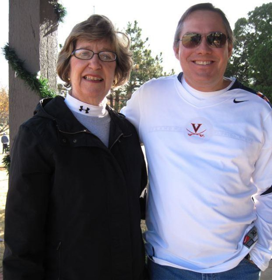 THANKSGIVING MORNING ...Lela Sullivan and Cliff Branan. ( Photo by Helen Ford Wallace).