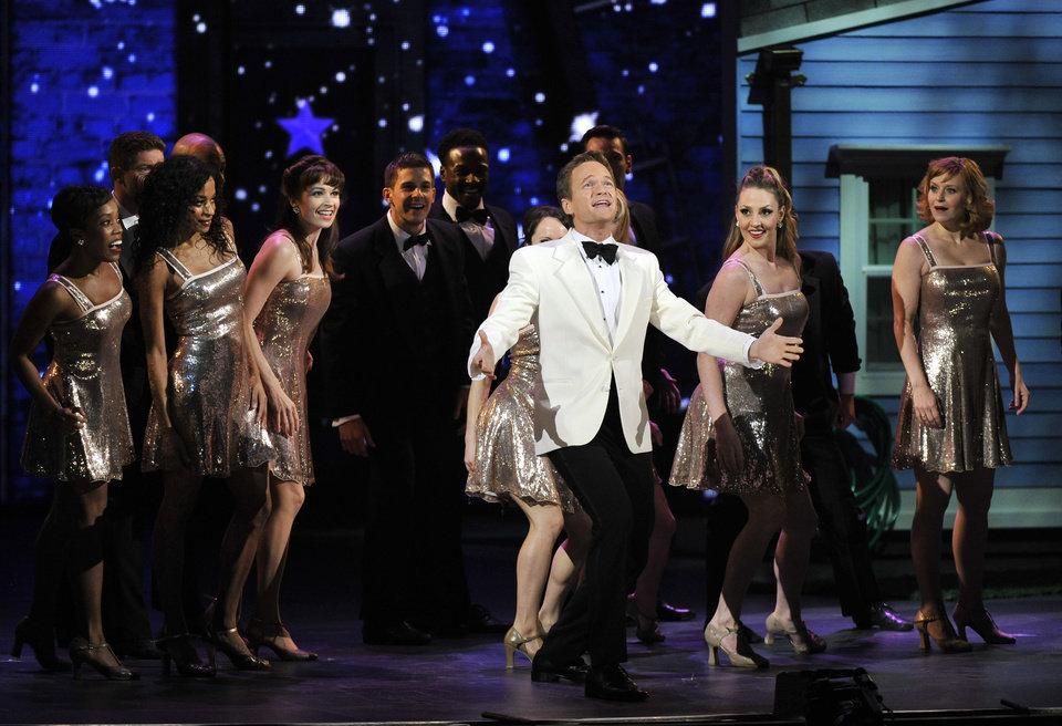 Photo -   Host Neil Patrick Harris performs at the 66th Annual Tony Awards on Sunday June 10, 2012, in New York. (Photo by Charles Sykes /Invision/AP)