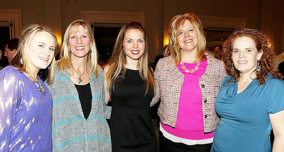 Photo - Megan Steuernagel, Carolyn Eichelman, Taryn Evans, Sharon Mault-Weir, Janet Green.