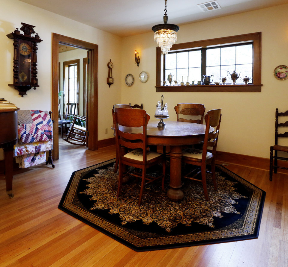 Photo - Dining area of Michael Brinkley and Lynda Donley's home at 639 S Lahoma in Norman.   PHOTO BY STEVE SISNEY, THE OKLAHOMAN  STEVE SISNEY -  THE OKLAHOMAN