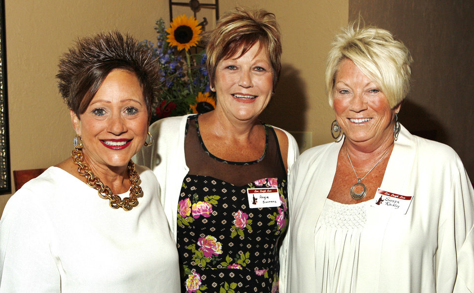 Photo - Robin Foster, Angie Simmons, Susan Kackley.  Photo by Paul B. Southerland, The Oklahoman