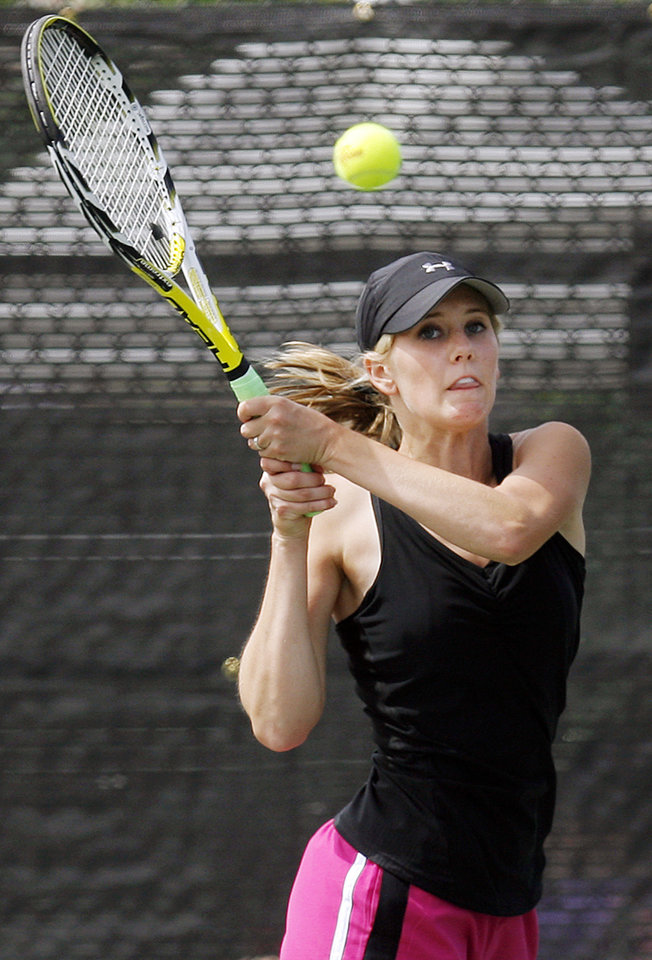 Clinton's Kaylyn Baker competes in the Class 4A girls #1 singles final during the Class 4A, 5A and 6A girls state tennis championships at the Oklahoma City Tennis Center in Oklahoma City, Saturday, May 8, 2010. Photo by Nate Billings, The Oklahoman