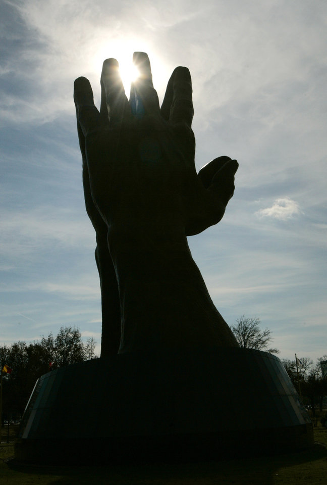 Photo - The large praying hands at Oral Roberts University in Tulsa, Okla. Nov. 28, 2007.  BY STEVE GOOCH, THE OKLAHOMA