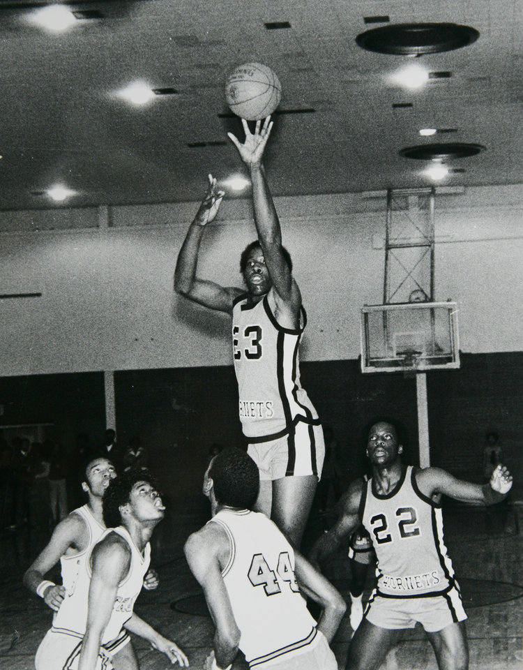 Former OU basketball player Wayman Tisdale. Tulsa Washington's Wayman Tisdale. Staff photo by Doug Hoke. Photo taken 12/20/1980, photo published 12/22/1980 in Oklahoma City Times. ORG XMIT: KOD