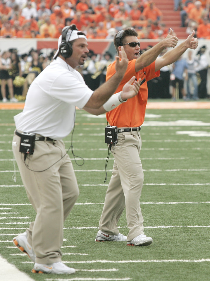 Photo - While most of the improprieties listed in Sports Illustrated's piece began under former coach Les Miles, they reportedly continued under current coach Mike Gundy, who took over as Cowboys coach in 2005. Gundy was only mentioned as being head coach over Joe DeForest until 2011. OKLAHOMAN ARCHIVE PHOTOS
