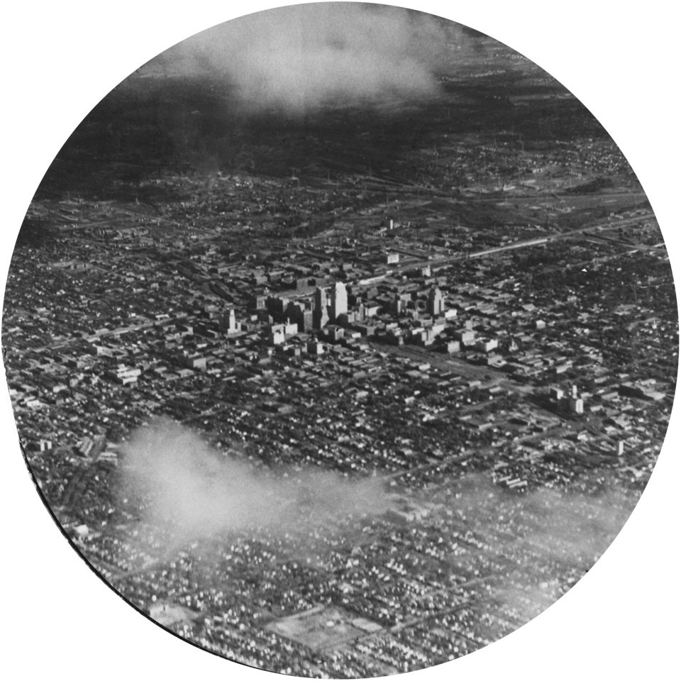 OKLAHOMA CITY / SKY LINE / OKLAHOMA / AERIAL VIEWS / AERIAL PHOTOGRAPHY / AIR VIEWS:  No caption.  Photo undated and published 11/04/1934 in The Daily Oklahoman.