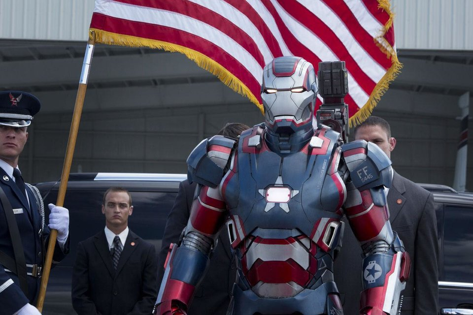 Photo - Don Cheadle will return as War Machine in