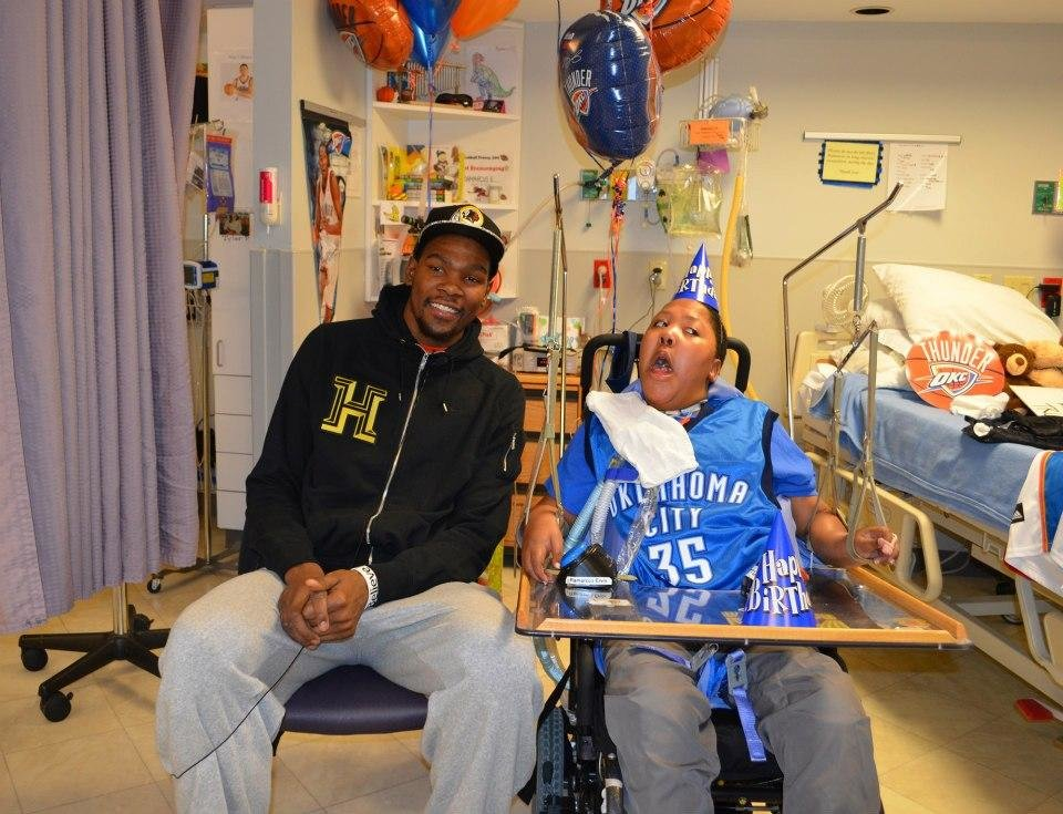 Photo -  Kevin Durant with Ramarcus Ervin. PHOTO PROVIDED