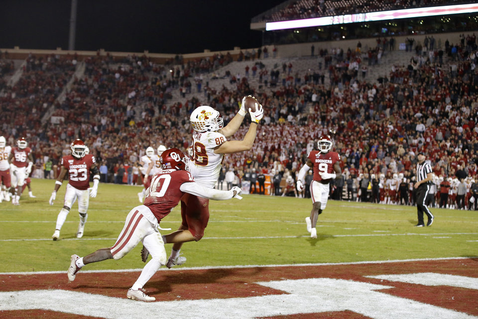 Photo - Iowa State's Charlie Kolar catches a touchdown pass in last year's game against OU. Kolar had another big night Saturday in the Cyclones win over the Sooners. [Bryan Terry/The Oklahoman]