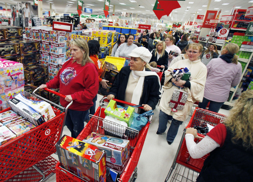 Shoppers pack the aisles during the 4 a.m. Black Friday shopping rush at the Target store at Quail Springs in Oklahoma City, OK, Friday, Nov. 26, 2010. By Paul Hellstern, The Oklahoman