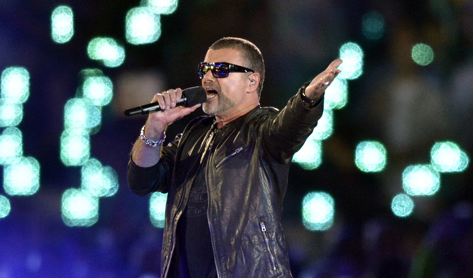 Photo -   George Michael performs during the Closing Ceremony at the 2012 Summer Olympics, Sunday, Aug. 12, 2012, in London. (AP Photo/Martin Meissner)
