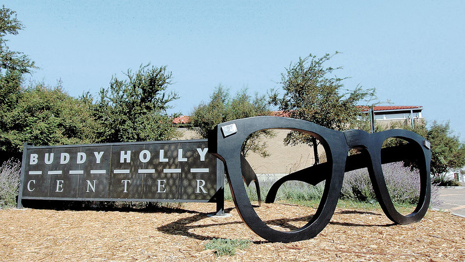 Photo - The Buddy Holly Center in Lubbock, Texas. KNIGHT RIDDER