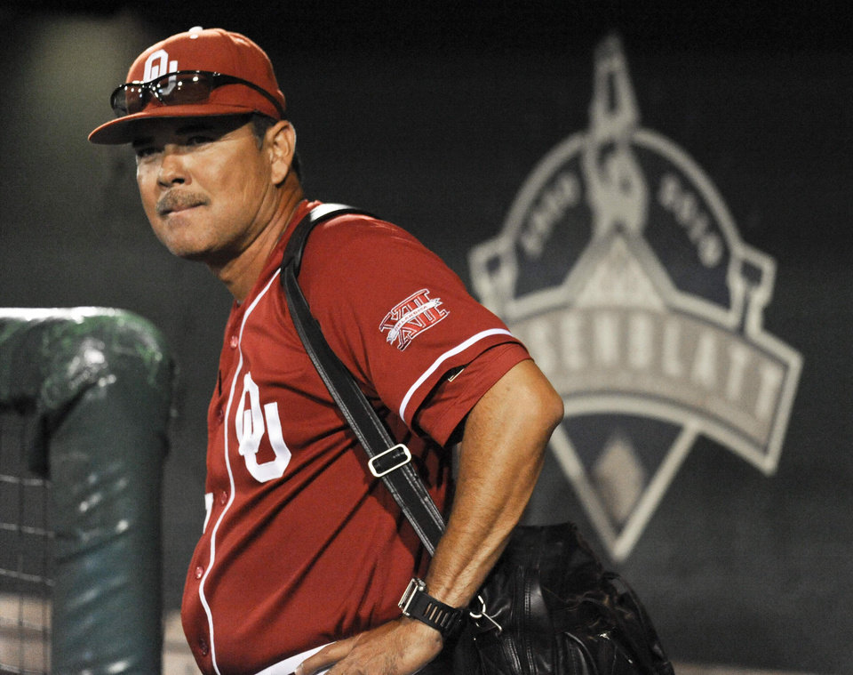 Oklahoma coach Sonny Golloway looks on after the Sooners\' 3-2 loss to South Carolina on Thursday. AP PHOTO
