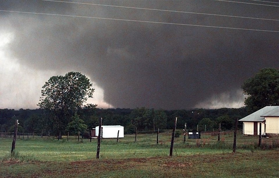 May 3, 1999, Oklahoma City Tornado:  A tornado on the ground over 1 1/2 miles wide looking west towards Amber from state highway 76 and south of SH 130.    Staff Photo by Paul B. Southerland