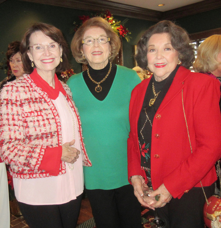Photo - Jane Jayroe Gamble, Rita Moore, Betty Crow. HELEN FORD WALLACE PHOTO, THE OKLAHOMAN
