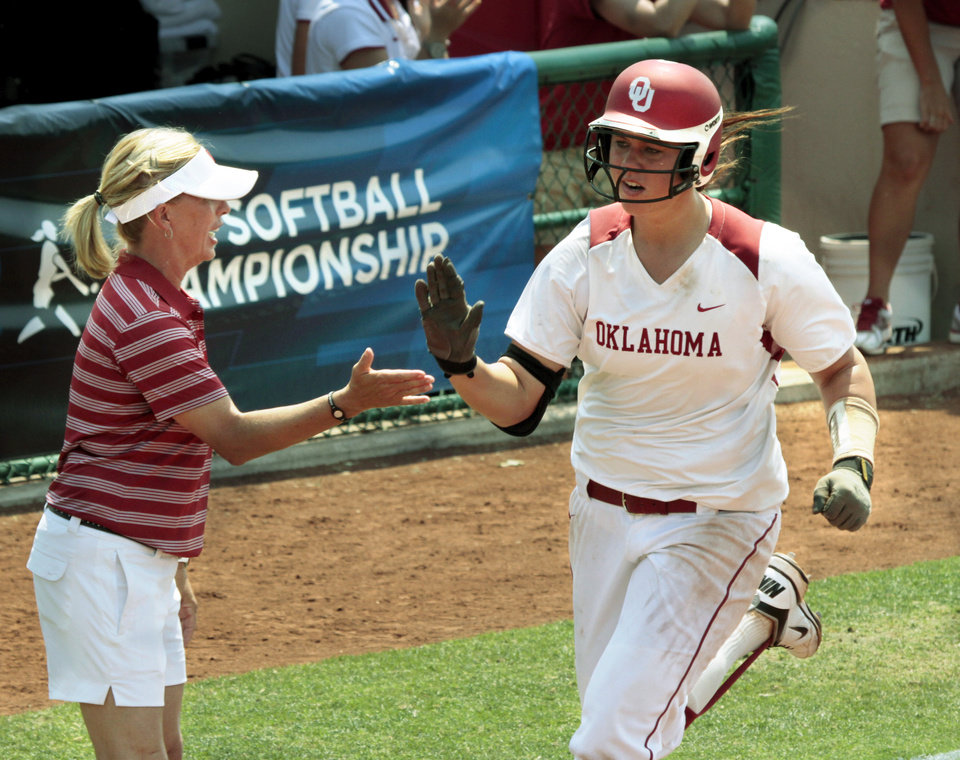 Photo - Pitcher Keilani Ricketts turns third after a home run as the University of Oklahoma (OU) softball team plays Arizona in a super regional matchup at Marita Hines Field at OU on Friday, May 25, 2012, in Norman, Okla.  Photo by Steve Sisney, The Oklahoman