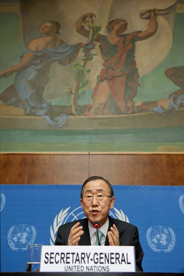 Photo -   United Nations Secretary-General Ban Ki-moon speaks about the situation in Syria during a press conference at the European headquarters of the United Nations in Geneva, Switzerland, Thursday, April 12, 2012. (AP Photo/Keystone/Sandro Campardo)