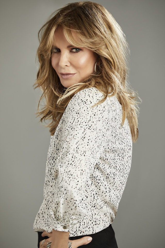 Photo - Jaclyn Smith (PRNewsfoto/Sears, Roebuck and Co.)