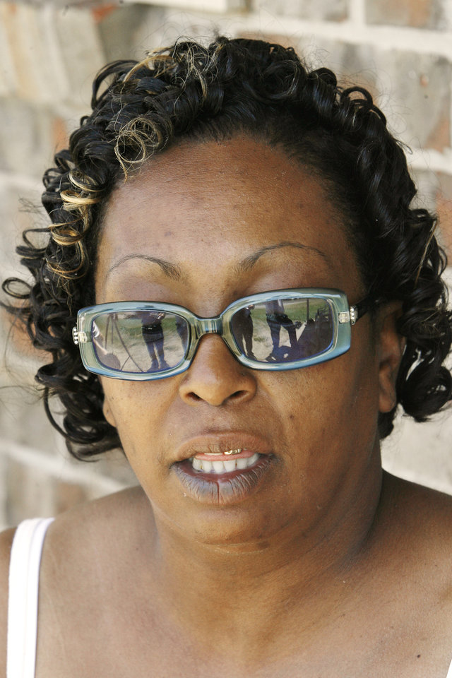 Photo - Sharon Jennings, Antwun Parker's aunt, talking about Antwun on her front porch in Oklahoma City Friday, May 29, 2009. Parker, 16, was killed by pharmacist Jerome Jay Ersland during an attempted robbery of Reliable Discount Pharmacy, 5900 S Pennsylvania Ave, on May 19, 2009. Photo by Paul B. Southerland, The Oklahoman