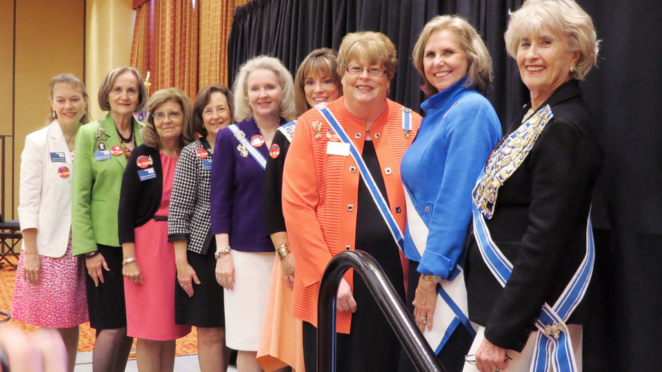Photo - Janet Davis, Donna Harmon, Madelyn Roy, Kristen Nelson, Cynthia Henderson, Pamela Wright, Sue Allen and Lynn Forney Young. PHOTO BY GINA MCCASLAND