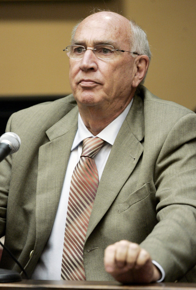 "FILE - In this May 19, 2007, file photo, Dr. Don H. Catlin, former director of the UCLA Olympic Analytical laboratory, testifies during an arbitration hearing on the doping allegations against 2006 Tour de France cycling champion Floyd Landis at Pepperdine University in Malibu, Calif. With uneven testing for steroids and inconsistent punishment, college football players are packing on significant weight _ in some cases, 30 pounds or more in a single year _ without drawing much attention from their schools or the NCAA in a sport that earns tens of billions of dollars for teams. ""It's nothing like what's going on in reality,"" said Catlin, an anti-doping pioneer who spent years conducting the NCAA's laboratory tests. He became so frustrated with the college system that it drove him in part to leave the testing industry to focus on anti-doping research. (AP Photo/Reed Saxon, File)"