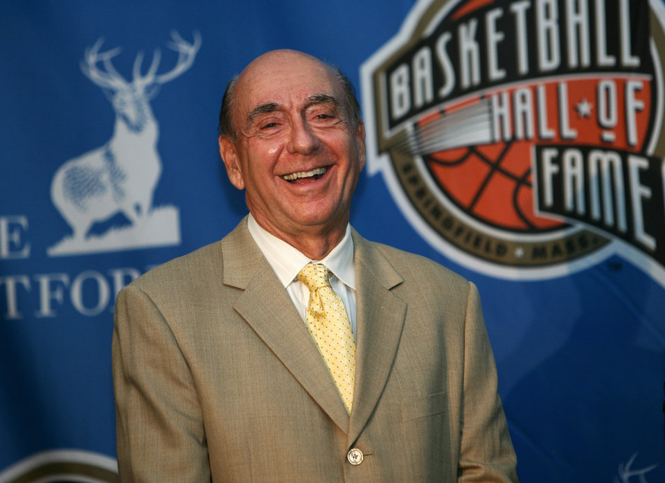 Photo - Friday, April 7, 2008 -- San Antonio, TX -- Dick Vitale at the press conference to announce the Naismith Memorial Basketball Hall of Fame Class of 2008. ORG XMIT: 0902192149020393