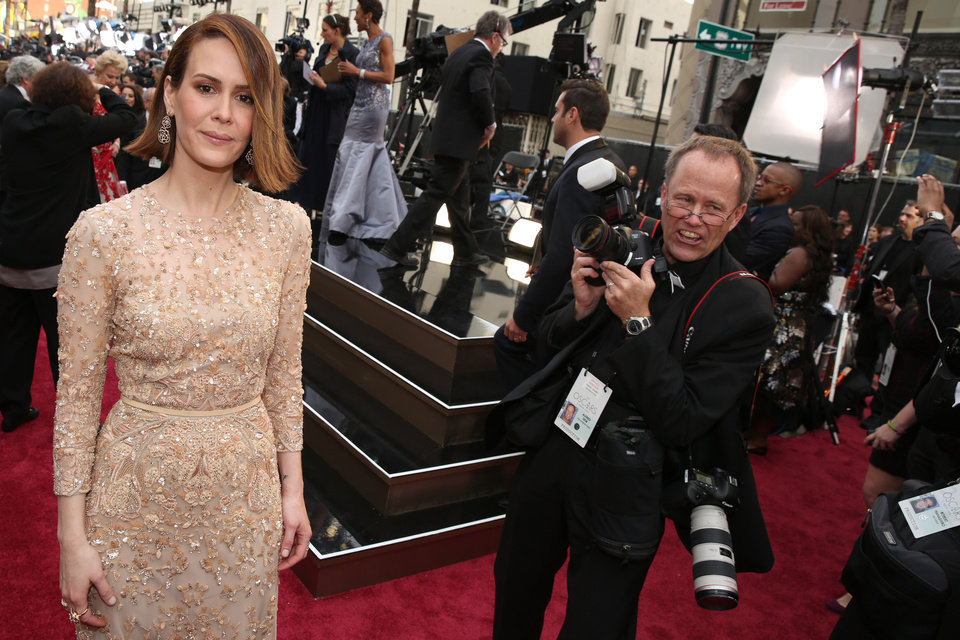 Photo - Sarah Paulson arrives at the Oscars on Sunday, March 2, 2014, at the Dolby Theatre in Los Angeles.  (Photo by Matt Sayles/Invision/AP)