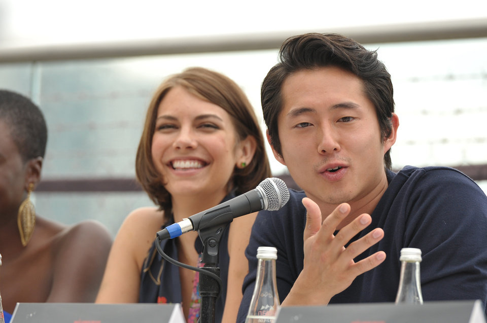 Photo -   COMMERCIAL IMAGE - Lauren Cohan and Steven Yeun at AMC's