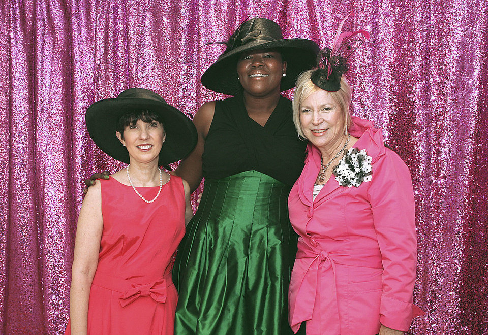Photo - Mary Pointer, Wanda Pratt, Connie Mashburn.