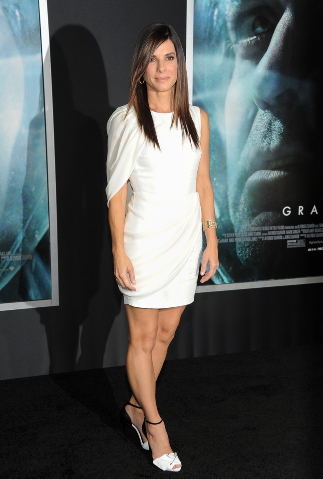 "Actress Sandra Bullock attends the premiere of ""Gravity"" at the AMC Lincoln Square Theaters on Tuesday, Oct. 1, 2013, in New York. (Photo by Evan Agostini/Invision/AP) ORG XMIT: NYEA106"