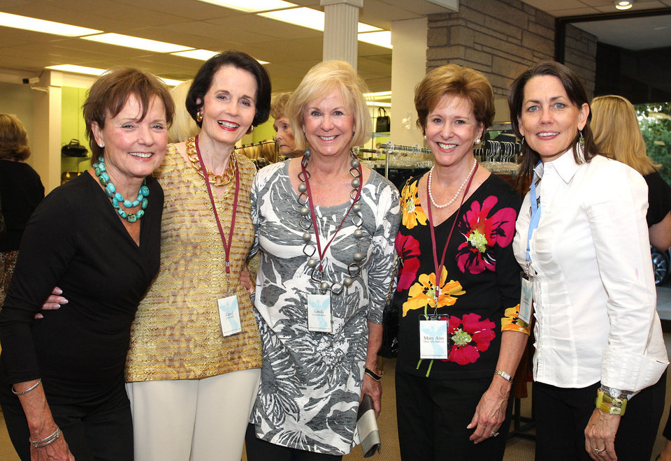 Photo - Karen Luke, Carol Hall, Linda Rodgers, Mary Ann Haskins, Collette Buxton.