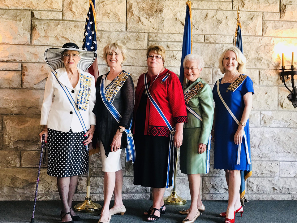 Photo - Joyce Hill, Pat Miller McFall, Sue Allen, Orriene Denslow, Cindy Glover Henderson. PHOTO BY KRISTEN FERATE.