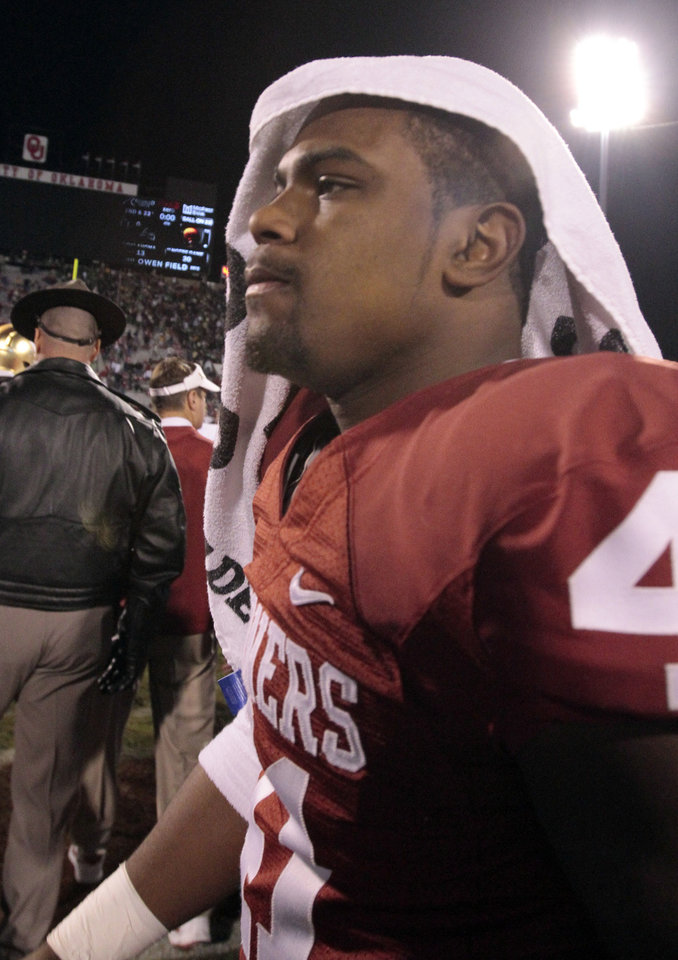 Oklahoma linebacker P.L. Lindley (40) leaves the field after the college football game where  the University of Oklahoma Sooners (OU) were defeated by the Fighting Irish of Notre Dame (ND) 30-13 at Gaylord Family-Oklahoma Memorial Stadium in Norman, Okla., on Saturday, Oct. 27, 2012. Photo by Steve Sisney, The Oklahoman