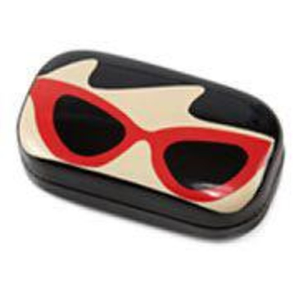 Lulu novelty compact lense case Photo Provided <strong></strong>
