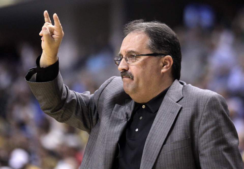 Orlando Magic coach Stan Van Gundy calls a play in the first half against the Indiana Pacers in Game 5 of an NBA basketball first-round playoff series, in Indianapolis on Tuesday, May 8, 2012. (AP Photo/Michael Conroy)