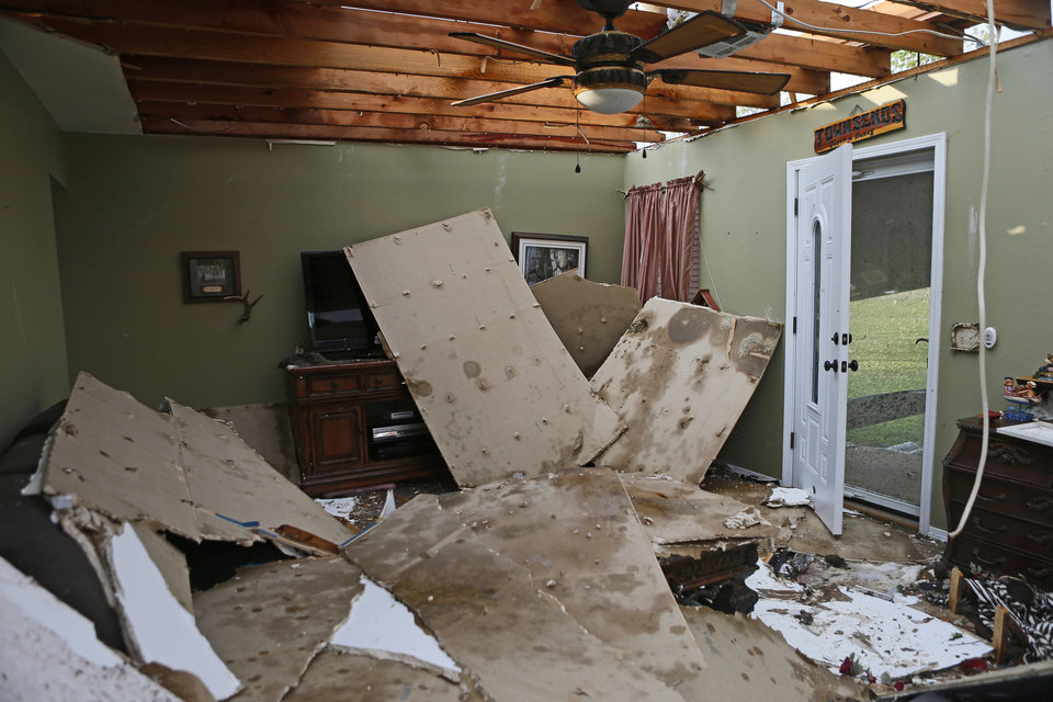 Photo - The home of Jason and Nancy Townsend after their home was hit by a tornado in Carney Okla., on Sunday, May 19, 2013. The Townsend's left their home to avoid the tornado. Photo by Bryan Terry, The Oklahoman